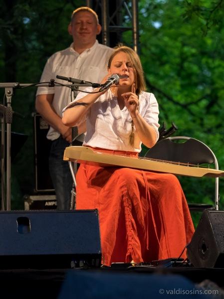 Laima Jansone un trio Zarbugans